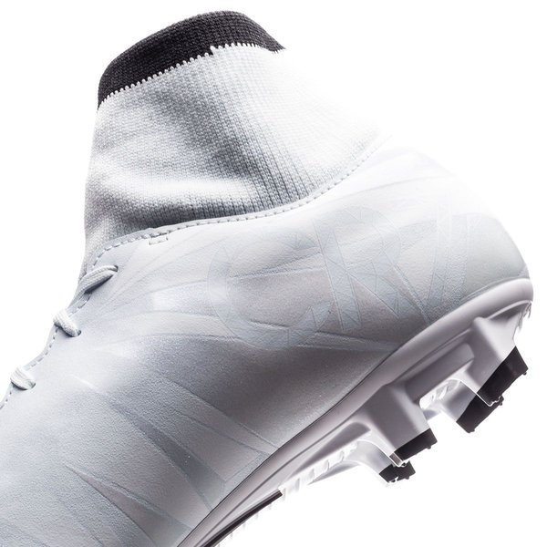eb1d4f057d6 ... Nike Mercurial Victory VI DF CR7 Chapter 5 Cut to brilliance FG - Blue  Tint BlackWhite ...