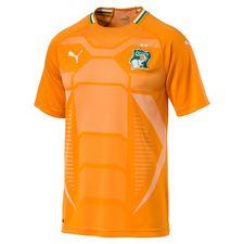 Elfenbenskysten hjemmebanetrøje 2017/18. ? Fremstillet med Puma dryCELL teknologi Puma dryCELL er et åndbart, hurtigtørrende letvægts materiale,
