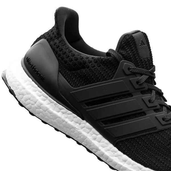 reputable site 83ac3 2c0b6 adidas Ultra Boost 4.0 - Core Black/White