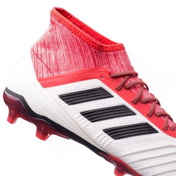 adidas voetbalschoenen predator 18.2
