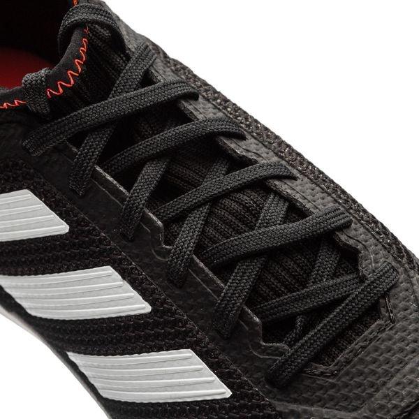 Adidas Tango Prédateur 18,3 Tf Skystalker - Noir / Blanc / Rouge