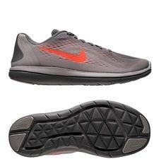 Skoens overdel er bygget op om Nikes mesh materiale, som sikrer maksimal åndbarhed og ultimativ komfort. Mesh overdelen er ligeledes sømløs, hvilket mindsker ir