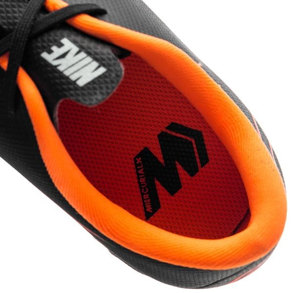 Nike Mercurial Vaporx 12 Academy Tf Jeûne Off - Noir / Orange / Enfants Blancs dQwKbGVToe