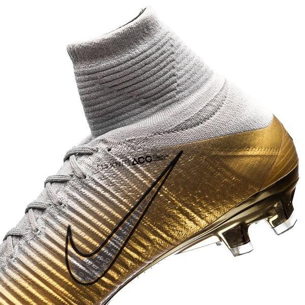 73cbbb47cd01 Nike Mercurial Superfly V CR7 FG Quinto Triunfo - Metallic Gold Pure  Platinum Metallic