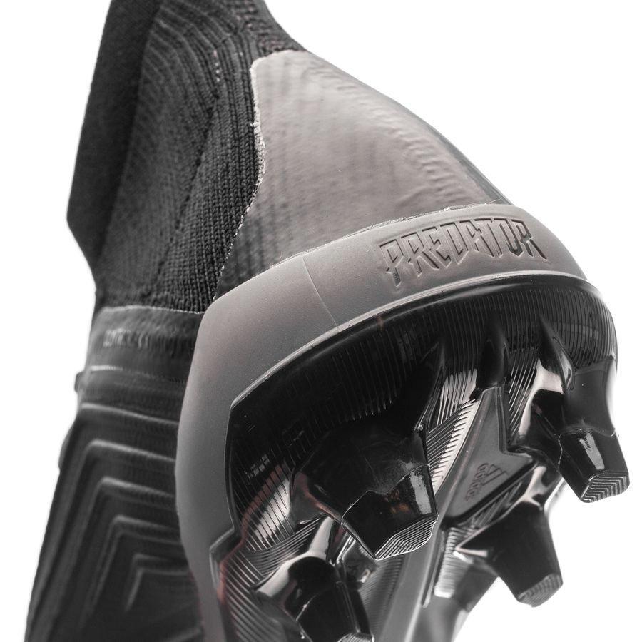 adidas Predator 18.1 FGAG Nite Crawler SortRød FORHÅNDSBESTILLING