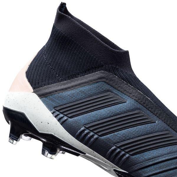 quality design 341bc b64d3 ... adidas predator 18+ fgag cold mode - navyrosa - fotballsko ...
