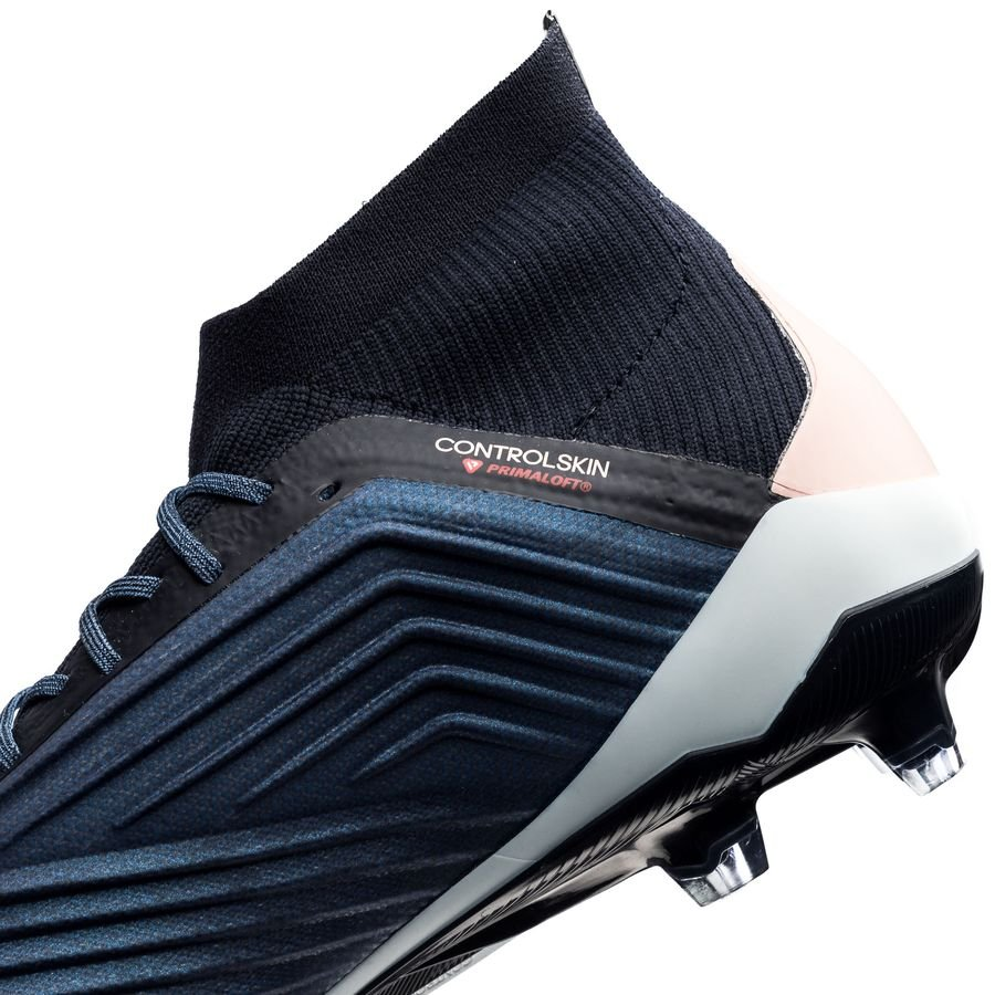 Adidas Predator 18.1 FG (Trace Pink)