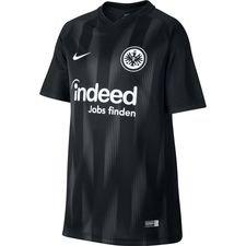 Trøjen er beregnet til de trofaste fans på stadion og ligner til dels klubbens spillertrøje, men har et billigere udgangspunkt. Nike Dri-FIT</b&
