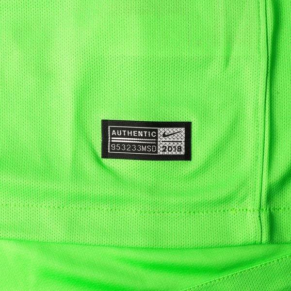 on sale 660fc 3095f Barcelona Goalkeeper Shirt 2018/19 Green Strike | www ...