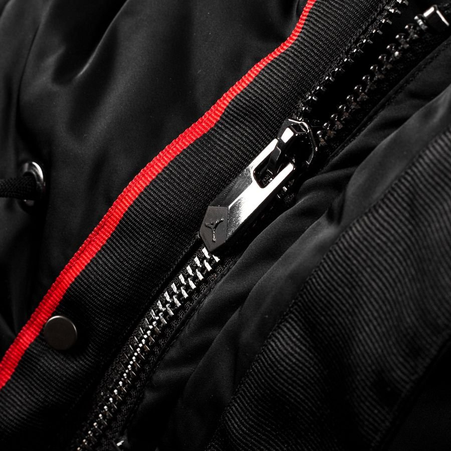 new concept a388b e6217 Nike Takki Flight Parka Jordan x PSG - Musta LIMITED EDITION    www.unisportstore.fi