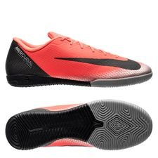 Nike Mercurial VaporX 12 Academy IC CR7 Chapter 7: Built On Dreams - Röd/Svart