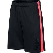 Nike Trainingsshorts Dry Academy CR7 Chapter 7: Built On Dreams - Zwart/Roze/Zwa <br/>EUR 16.95 <br/> <a href='https://tc.tradetracker.net/?c=16158&m=747978&a=209129&r=unisport&u=https%3A%2F%2Fwww.unisportstore.nl%2Fvoetbalaccessoires%2Fnike-trainingsshorts-dry-academy-cr7-chapter-7-built-on-dreams-zwartrozezwart-kinderen%2F178353%2F' target='_blank'>Bekijk!</a>