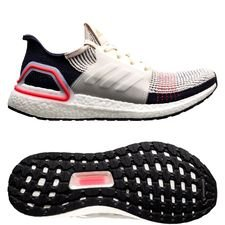 adidas Ultra Boost 19 - Bruin/Wit/Wit