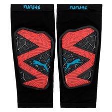 PUMA Leggskinn Future 19.1 Power Up - Rød/Sort/Blå Herre 04060978188571, 04060978188670, 04060978188625