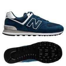 Klassisk, udtryksfuld og inspirerende - 574 Traditionals er det hele! Oprindeligt skabt i 1988 ved at kombinere to forskellige slags New Balance sko, hvoraf