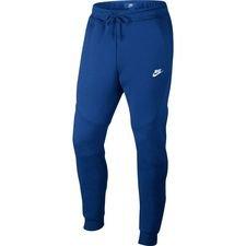 1df4ecdf56906 Nike Tech Fleece   Achetez Nike Tech Fleece en ligne chez Unisport