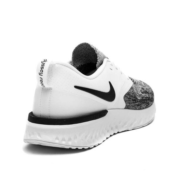best service 11338 9bac2 Nike Odyssey React 2 Flyknit - Vit Svart