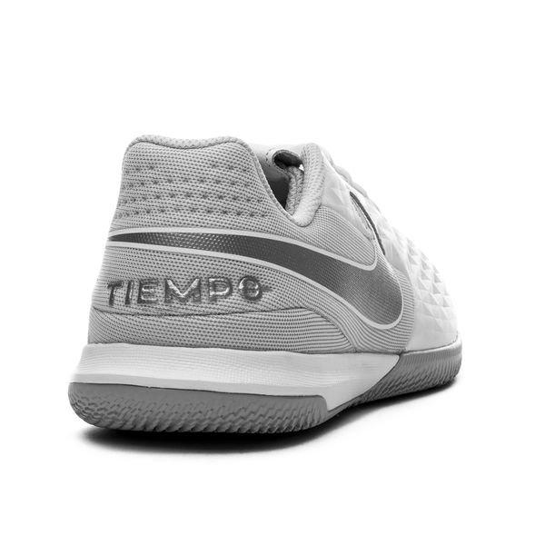 Nike Tiempo Legend 8 Academy IC Nuovo HvitGrå Barn