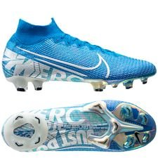 Nike Mercurial Superfly 7 Elite FG New Lights - Blauw/Wit <br/>EUR 201.95 <br/> <a href='https://tc.tradetracker.net/?c=16158&m=747978&a=209129&r=unisport&u=https%3A%2F%2Fwww.unisportstore.nl%2Fvoetbalschoenen%2Fnike-mercurial-superfly-7-elite-fg-new-lights-blauwwit%2F188895%2F' target='_blank'>Bekijk!</a>