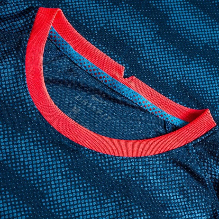 Nike Training T Shirt Academy Pro Dry BlauPink Kinder