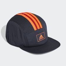 Five-Panel adidas Athletics Club Kappe Blau