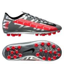 Nike Mercurial Vapor 13 Academy AG Neighbourhood - Zilver/Zwart/Grijs Kinderen <br/>EUR 44.95 <br/> <a href=