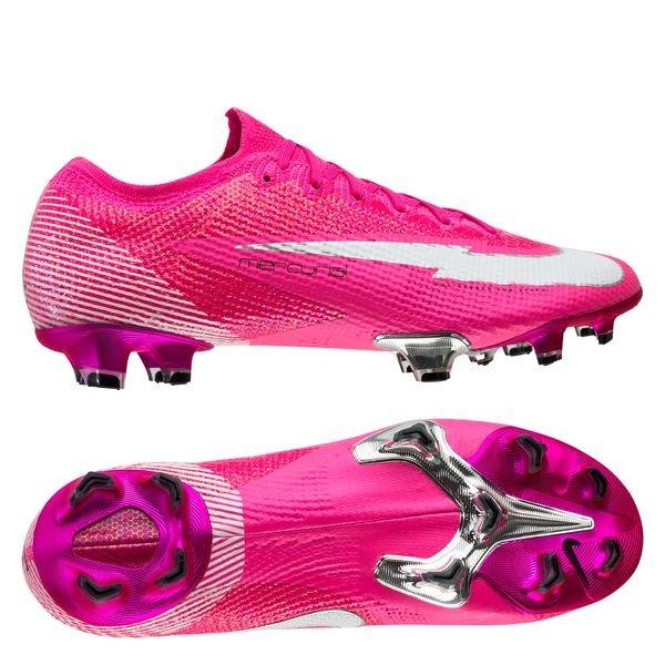 Chaussures de Foot Nike | Énorme choix de crampons Nike