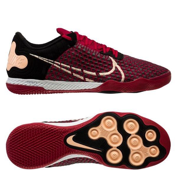 Chaussures Foot Salle | Achetez vos chaussures futsal sur Unisport