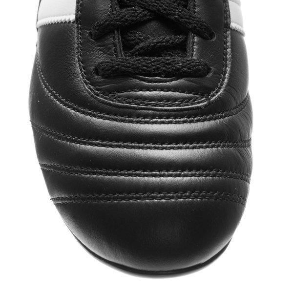 28ef3e3c adidas World Cup SG | www.unisportstore.no