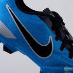 - fodboldstøvler