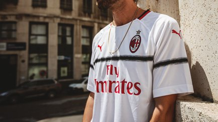 Milan 2018/19 Bortatröja