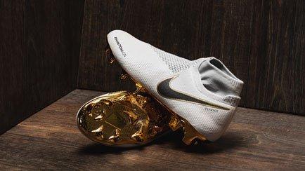 Nike PhantomVSN Gold▲ | Læs mere om de nye støvler