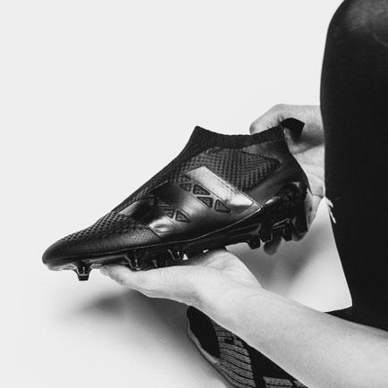Adidas innovationsholdet lancerer en Ace Proto...