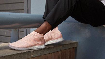 Nouvelles adidas Predator Tango 18+ | Sneakers ...