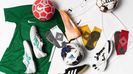 Tid for innendørsfotball | Les mer på Unisports...