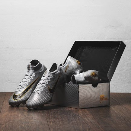 Nye Nike Ballon d'Or-sko | Les mer hos Unisport