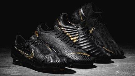 Nike Black Lux Pack | Læs mere om Nike støvlern...