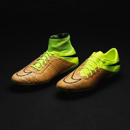 Nike interpretiert tödlichen Angriff in Leder: ...