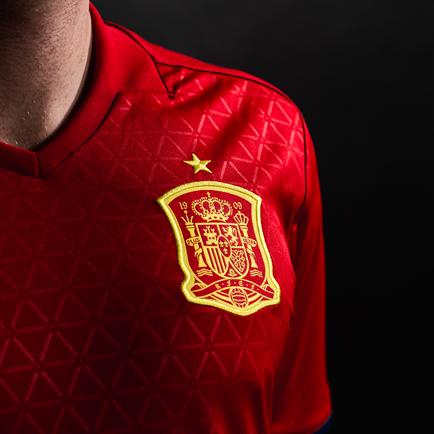 Spanien ist bereit für die Euro 2016 mit dem ne...