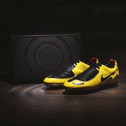 Nike med remake av Total 90 Laser 1