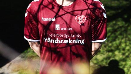 Ny Aab Håndsrækningstrøje | Læs mere om den nye...