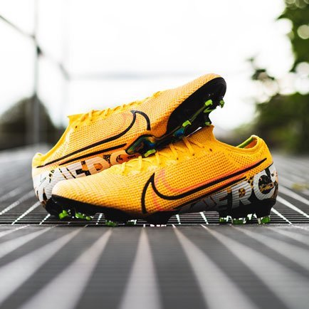 Nike Mercurial Orange | Få de hos Unisport