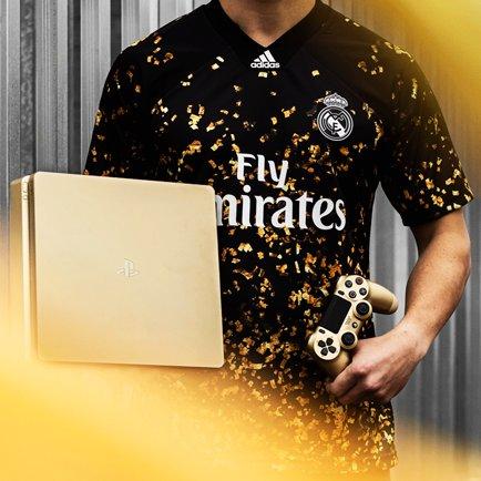 4e maillot du Real Madrid pour l'année 2020  | ...