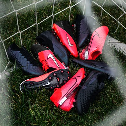 Nike PhantomVSN 2 en Future Lab et Kinetic Blac...