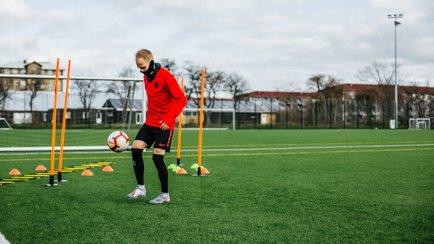 #Footballathome   Ole valmiina kun kausi tekee ...
