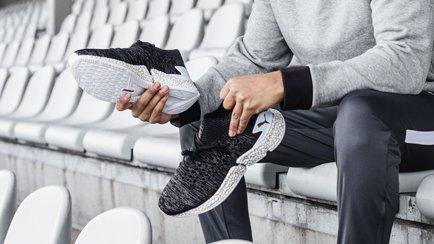Der komplette Fußballlook | Bequeme Sneaker für...