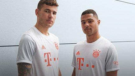Bayern München Auswärtstrikot 2020/21 | Hole di...