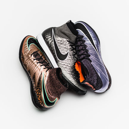 De Nike FootballX indoor- en straatschoenen kri...