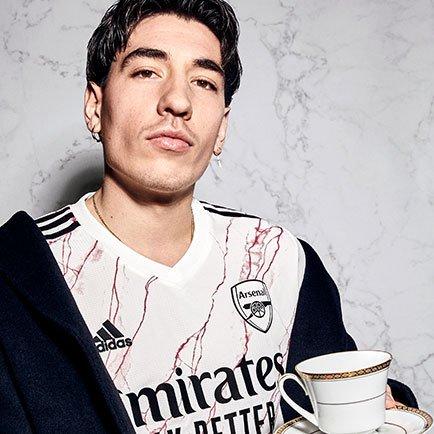 Le maillot extérieur Arsenal 2020/21 est arrivé...