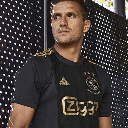 Nieuw en uniek 3e shirt voor Ajax   Pre-order h...